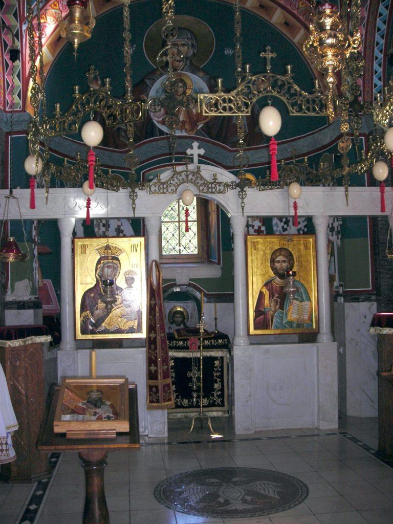 Prvi ikonostas građen je kao privremeni 1754. godine dok je nov trajni ikonostas izradio je 1790-1793 Tomas Fitler a ikone je slikao Jefrem Isailović. Ikonostas je bio u baroknom stilu o čemu svedoči samo jedna arhivska fotografija iz 1885. godine, dok se u Pokrajinskom zavodu za zaštitu spomenika kulture čuva više spašenih ikona. Sadašnji ikonostas je u vizantijskom stilu, sa prostom oltarskom pregradom sa ikonama Gospoda Isusa Hrista i Bogorodice.